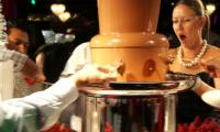 Ooohhh....the chocolate fountain is amazing!